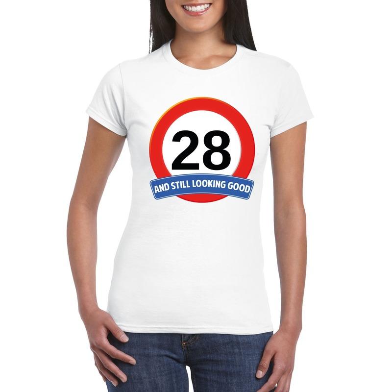 Afbeelding van 28 jaar verkeersbord t-shirt wit dames