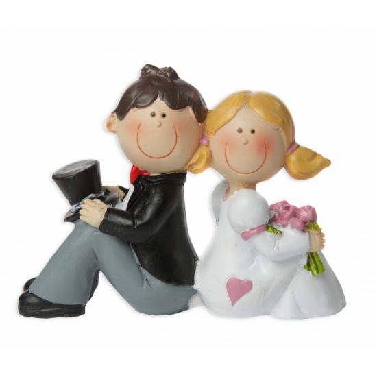 Bruidspaar zittend taart decoratie 8 cm