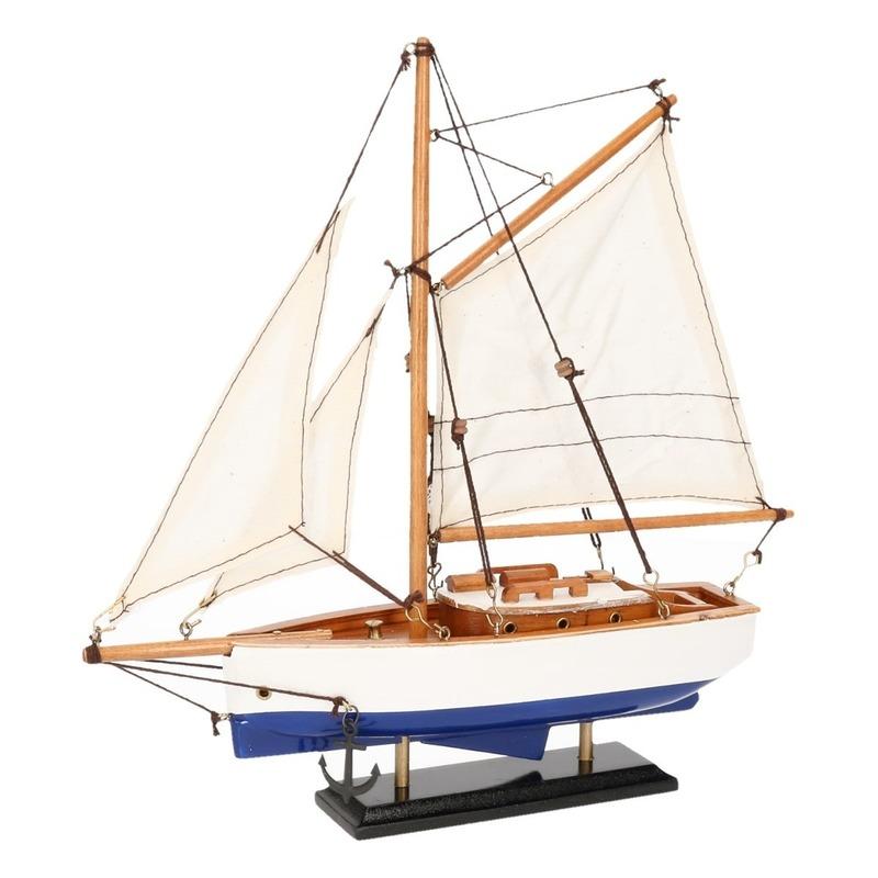 Decoratie zeilboot blauw met wit 23 cm