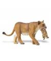 Plastic leeuwin met welpje 16 cm