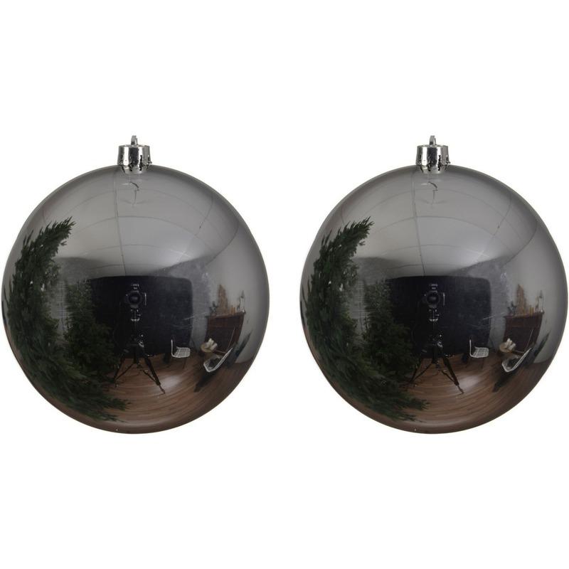 2x Grote raam-deur-kerstboom decoratie zilveren kerstballen 14 cm glans