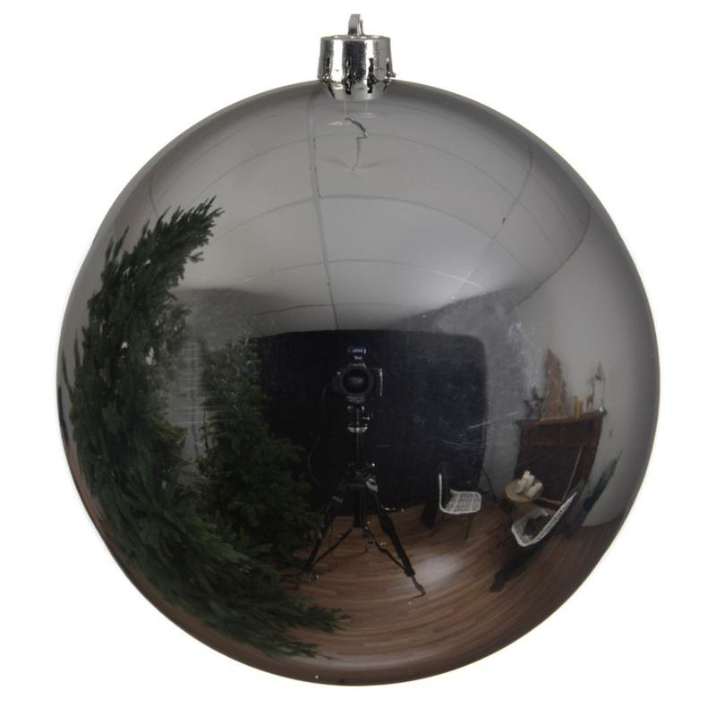 Grote raam-deur-kerstboom decoratie zilveren kerstballen 20 cm glans