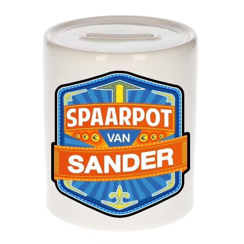 Vrolijke kinder spaarpot voor Sander
